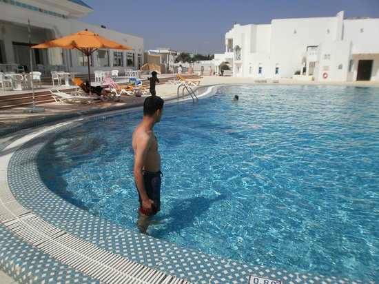 Piscine photo de hotel les colombes hammamet tripadvisor for Colombes piscine