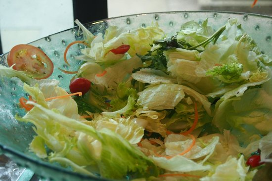 Flamingo Hotel by the Beach, Penang: 'Healthy Salad'