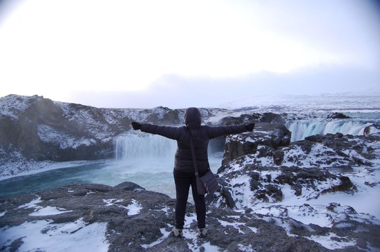 The Traveling Viking : Goðafoss Waterfall - a filming location for season 4 of GoT!