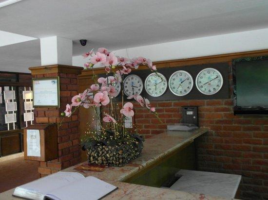 Kustur Club Holiday Village : Administration