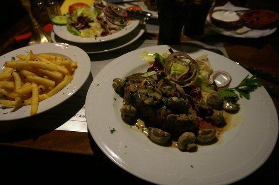 Steakhouse Ponchos: Churrasco don Segundo Sombra
