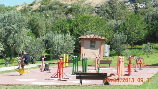 Kustur Club Holiday Village: Outdoor Fitness