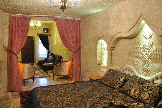 Dedeli Konak Cave Hotel: Cave hotel Interior 2