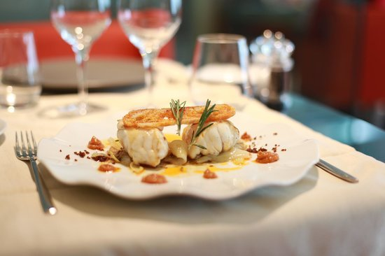 DOQ BARCELONA Restaurant & Cocktail Bar