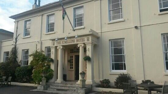 St. Mellons Hotel : the st mellons hotel