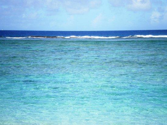 Ritidian Point : Тихий Океан