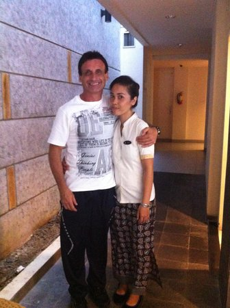 Solaris Hotel Kuta: me with lovely staff member