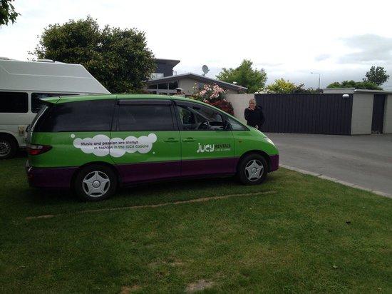 Amber Kiwi Holiday Park Christchurch: Unser Platz für die Jucy....