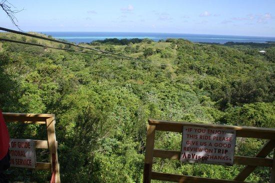 Fliegen über den Dschungel Honduras - Picture of Pirates ...
