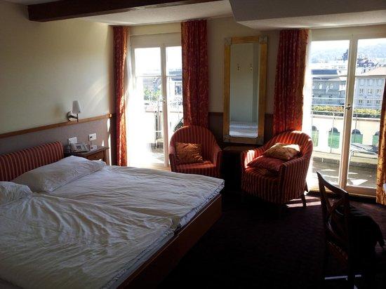 Hotel des Alpes: Quarto no último andar
