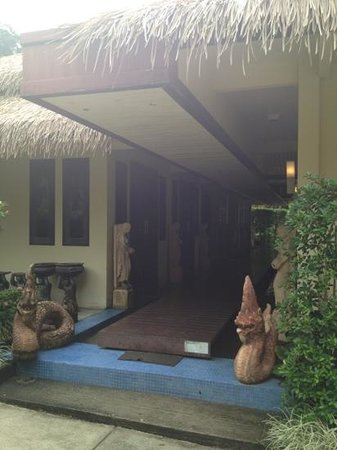 Tup Kaek Sunset Beach Resort : The beautiful spa!!