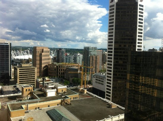 Four Seasons Hotel Vancouver: View from our Room