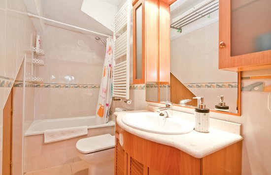 Apartamentos Olmo : 4B bath room