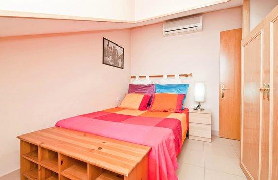 Apartamentos Olmo : 4B bed room
