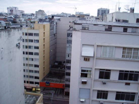 Majestic Rio Palace Hotel: vista fundo do hotel em quartos mais baixos