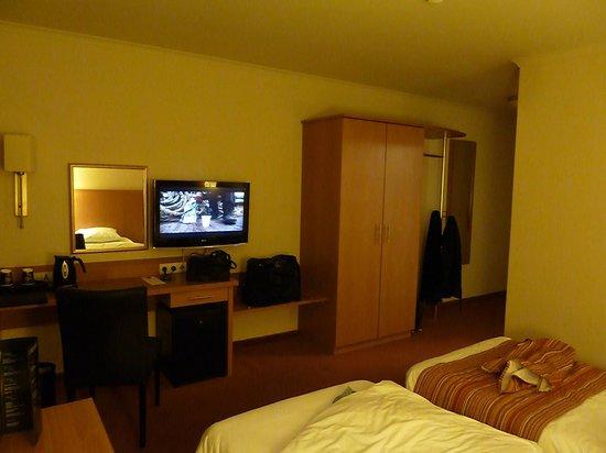 Charleroi Airport Hotel: 3