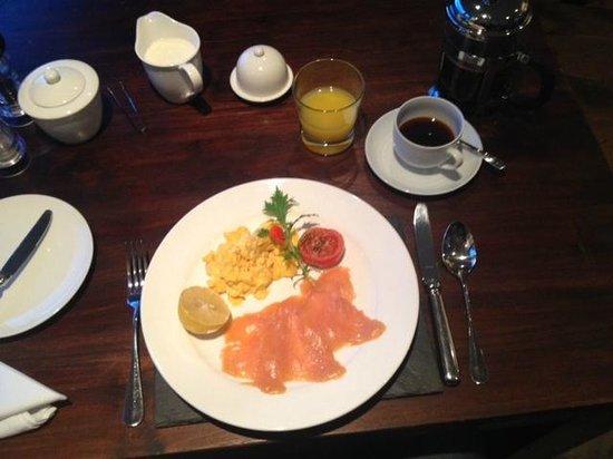 Hillstone Lodge: Breakfast