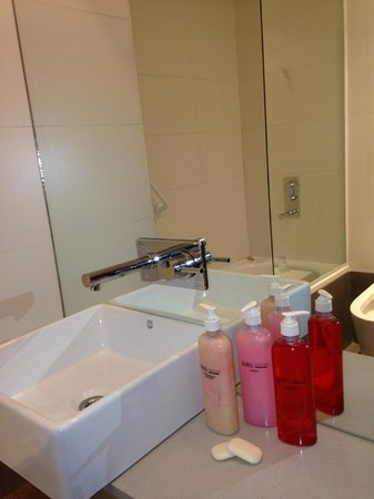 Babel Suites : banheiro muito bom