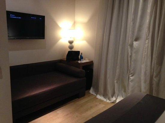 ANBA Bed&Breakfast Deluxe: Sofa area