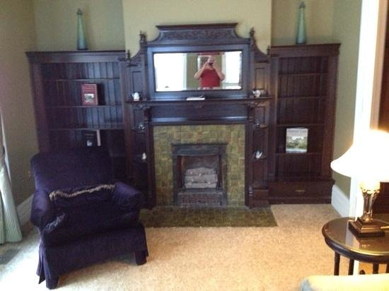 The Inn on Ferry Street: Sitting Room