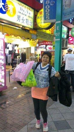 Ximen Red House - Ximending: Non stop buying...Hurray