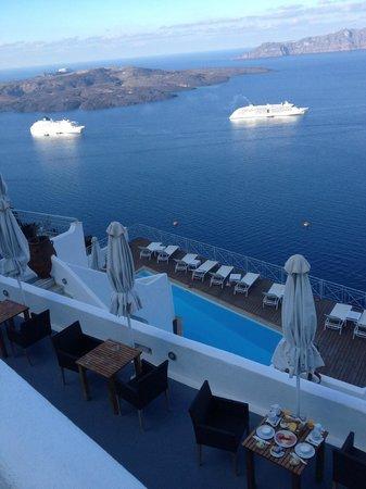 Athina Luxury Suites: Vista desde el Lobby
