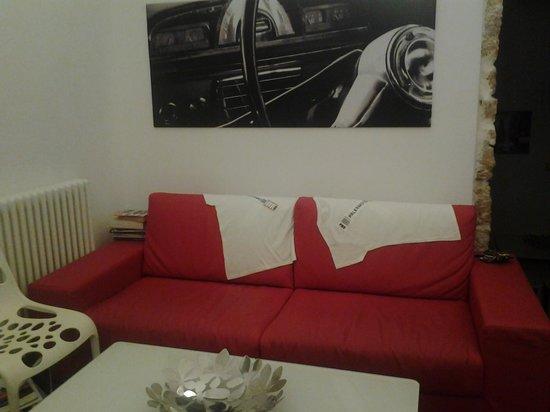 B&B White : piccolo soggiorno