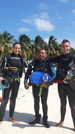 Carey Dive Center: Io, mia moglie e Gilberto
