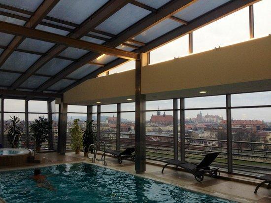 Qubus Hotel Krakow : Piscina / Jacuzzi