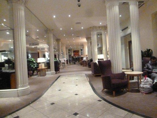 Corus Hotel Hyde Park London: lobby
