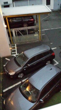Hotel Bardolino: Parking lot