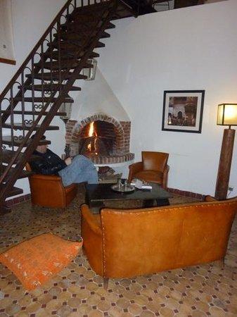 Riad Laaroussa Hotel and Spa : orange room