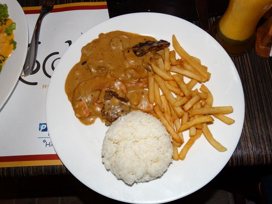 Cocolon: lomo cara de tuco, salsa con lomo fino