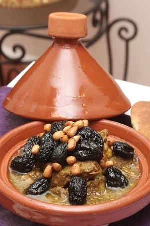 Spécialité Marocaine Tajine Viande Pruneaux Picture Of Riad De La