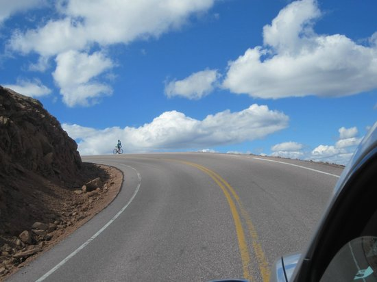Pikes Peak - America's Mountain: Almost there