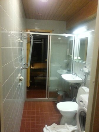 City Apartments - Helsinki: Bathroom and Sauna