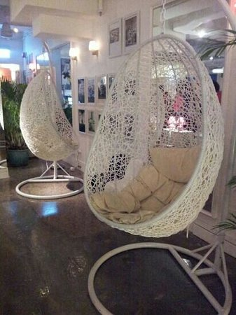 Mini Hotel Causeway Bay Hong Kong: Lounge is love!