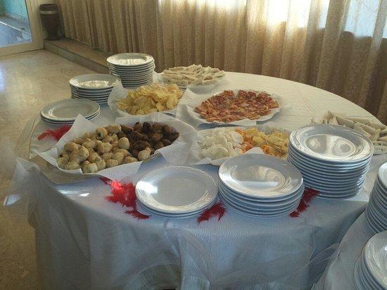 La Fioravante: Buffet...