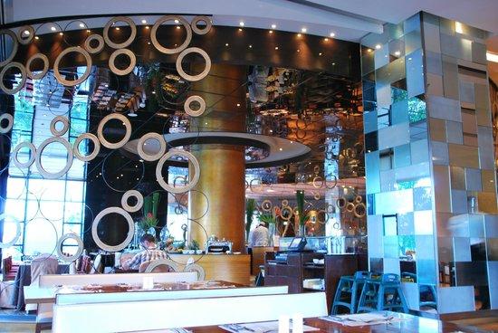 Radisson Blu Cebu: The special seating