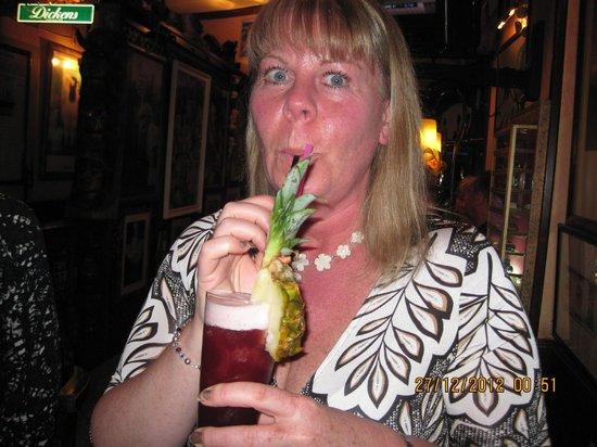 Dickens Cocktail Bar : Yum Yum