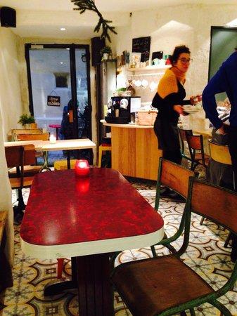 Restaurant robe rouge montpellier