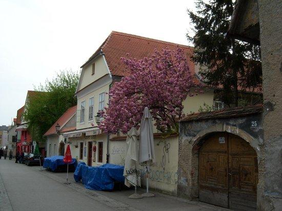 Tkalčićeva: Morning in Tklaciceva