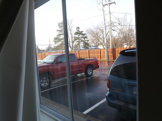 Motel 6 Niagara Falls: habitacion en la planta baja