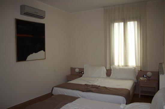 Ca Bianca Hotel Corte del Naviglio: номер на троих