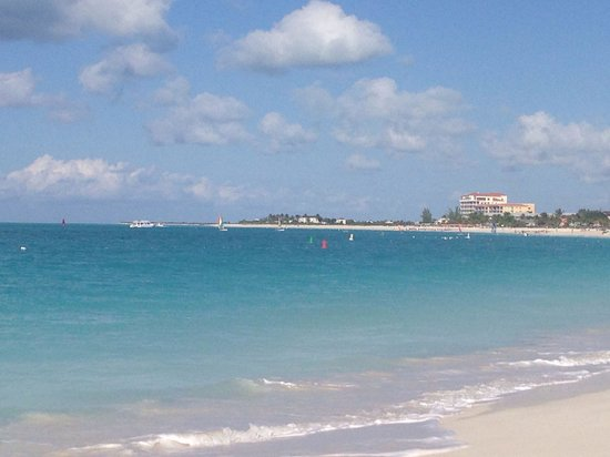 Villa del Mar: Beautiful Turquoise Water