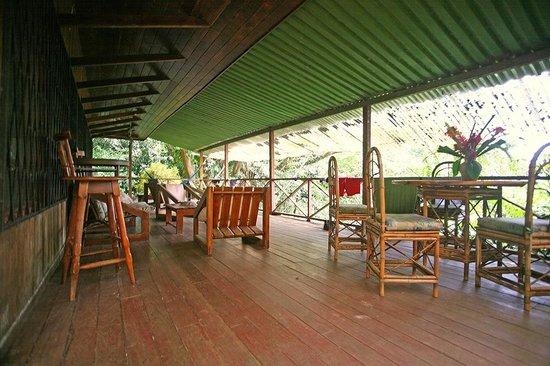 Casa Buena Vista B & B: Teak house terrace