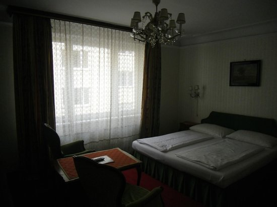 Pension Suzanne: Bedroom