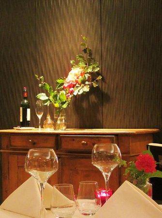 Les Alisiers Hotel-Restaurant: интерьер