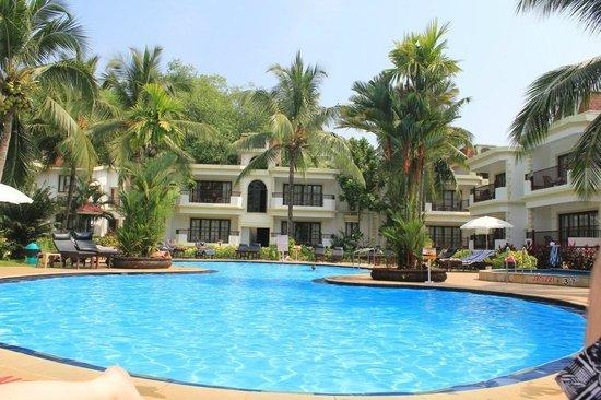 Sonesta Inns: Pool