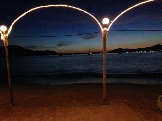 Beach Bar: sunset across the bay